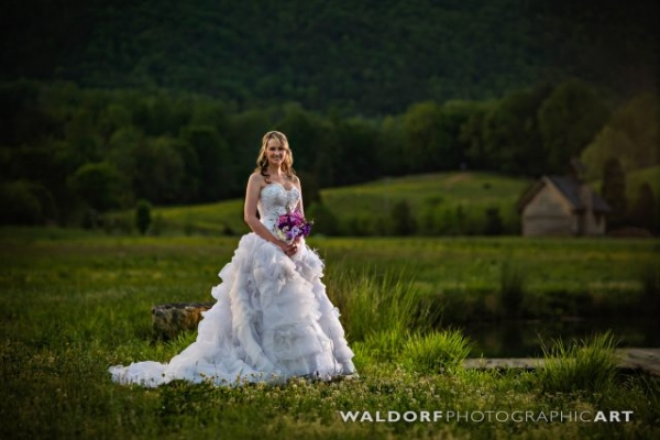 Bridal photo shoot outside the tennessee wedding venue close up